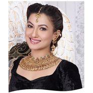 Kriaa Alloy Ethnic Necklace Set With Maang Tikka_2000318 - Golden