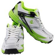 V22 Cricket Stud Shoes  Green & White Size - 8