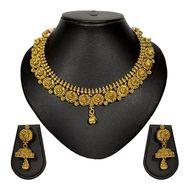 Pourni Stylish Brass Necklace Set_Prnk20 - Golden