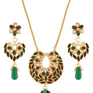 Variation Green Meenakri Pearl Pendant Set_Vd15960