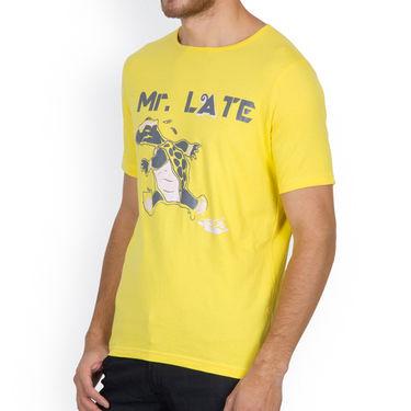 Incynk Half Sleeves Printed Cotton Tshirt For Men_Mht212yl - Yellow