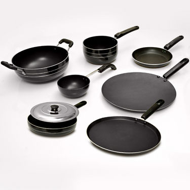 Deals | 33% OFF on Non Stick Cookware Set for Rs 19999 + FREE Gifts + Extra INR 400 OFF