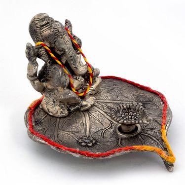 Little India Lord Ganesha Pretty Pooja Idol in White Metal 308