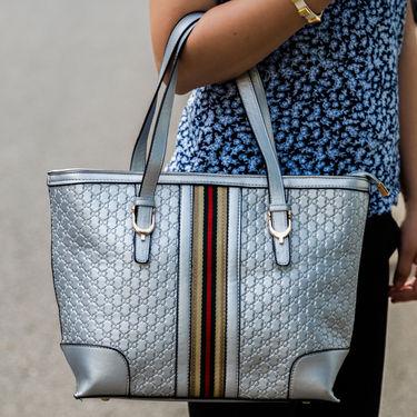 Arisha Silver Handbag -LB 399