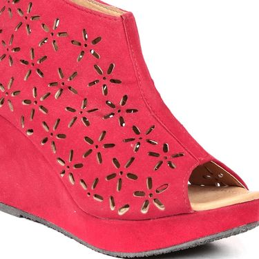Ten Suede Red Wedges -ts16