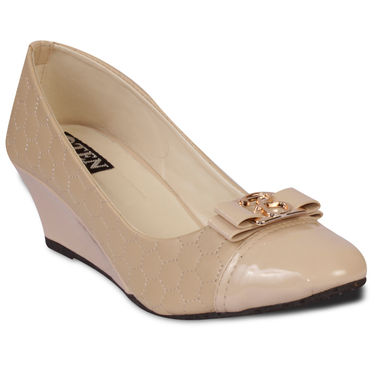 Ten Artificial Leather Beige Wedges -ts56