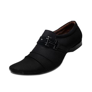 Foot n Style Parachute Foam Casual Shoes  FS118 - Black