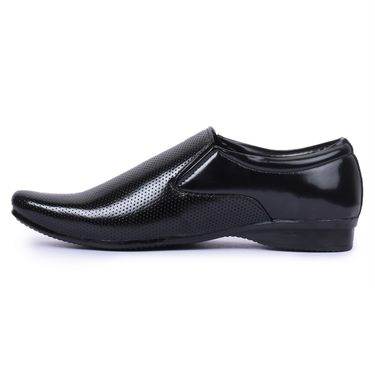 Foot n Style Patent Leather Black Formal Shoes -Fs7008
