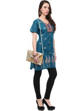 Lavennder Cotton and Dupion Silk Embroidered Kurti with Clutch - LK-62017